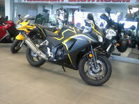 2015 Honda CBR 300RA SE - ALMOST NEW!