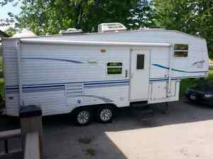 2001 Prowler Limited Edition  5th Wheel