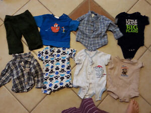 Assorted clothing 6-9 months