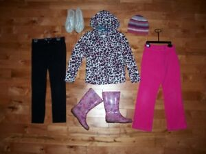 vêtements fille 7-8 ans IMPECCABLE!!!!!!!!!!!!!!!!!!