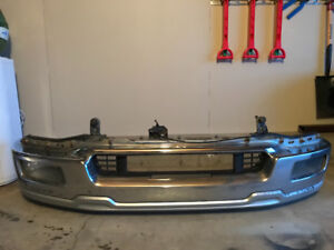 Ford F-150 Lariat 04-08 chrome front bumper