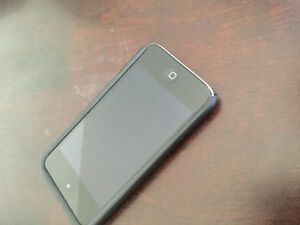 Ipod 4gt 8gb en bonne condition