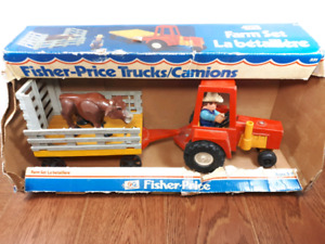 Vintage 70s Fisher price tractor