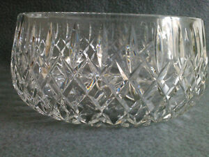 Collectible Antique Crystal Heavy Cut Bowl London Ontario image 1