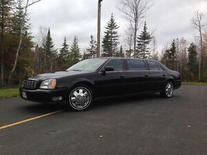 2002 Cadillac DeVille Superior Limo 6 Doors