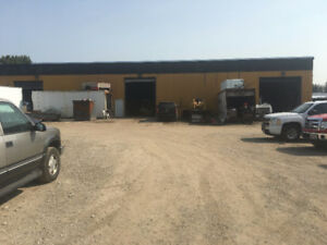Shop /Warehouse space EXCELLENT for TRUCK REPAIR