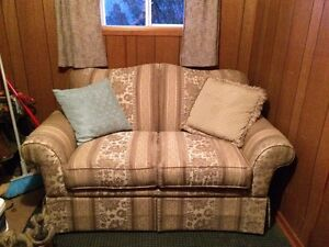 Couch and match love seat Strathcona County Edmonton Area image 2