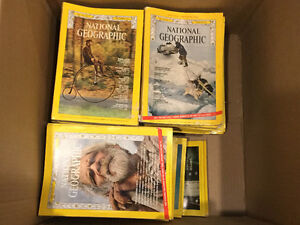 National geographic magazines qty-25