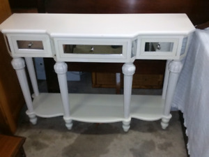 White mirrored hall table/sofa table
