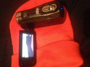 Samsung HD camcorder (pick ups only)