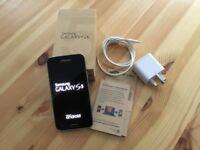 Samsung GalaxyS5 mobile phone (unlocked)