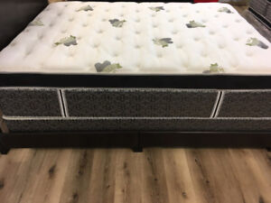 "16"" Thick Luxury, Cooling Gel, Pocket Coil King Mattresses"