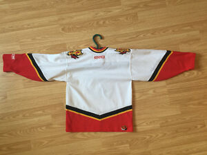 Calgary Flames Jersey (Kids/Youth)