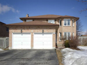 COURTICE - WLCOME HOME TO THIS LOVELY 3 BR DETACHED 2 CAR GARAGE