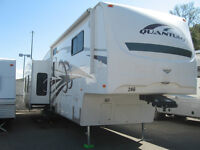 2009 Fleetwood Quantum 5th Wheel 355SAQS Extreme Edition