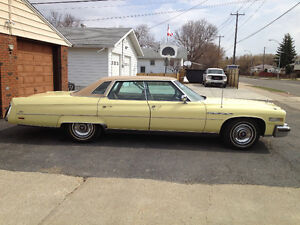 1976 BUICK PARK AVENUE LIMITED 4 DOOR HARDTOP