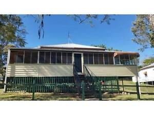Need A large Family? Then Wow this is what you are looking for! Mount Morgan Rockhampton Surrounds Preview