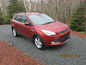 Ford Escape SE ECOBOOST 4WD 2016 Model FOR SALE