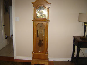 Grandfather clock with Westminster chimes Belleville Belleville Area image 1