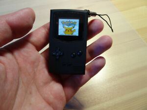 POCKETSPRITE tiny gameboy for your keychain!