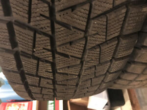 Bridgestone Blizzak P255/70R17 110R Winter Truck Tires