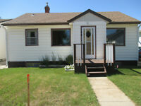 5 Bedroom House in Biggar,SK