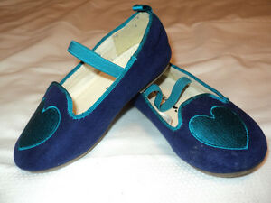 OLD NAVY ADORABLE SUEDE SHOES  MUST SEE !