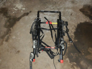 Allen Sports Premier 4-Bike Trunk Mounted Rack. $100 OBO