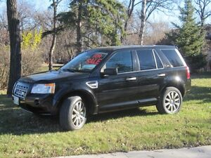 2009 Land Rover LR2 HSE SUV, Crossover