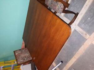 Antique Duncan Phyfe Dining table and 6 chairs