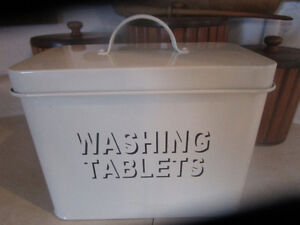 """New! Metal """"Washing Tablets"""" Canister with Lid 10x9x5"""