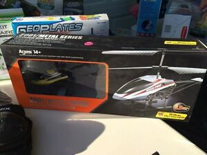 Brand new rc helicopter with gyro