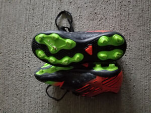 Size 12 addidas soccer shoes