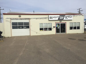 Building & Lot for lease. Swift Current, Sask