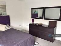 1 bedroom in Austhorpe Road, Leeds, LS15