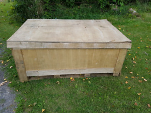 Free plywood crate