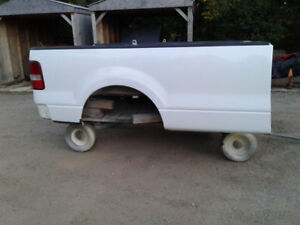 8 ' box from 2007 Ford F150