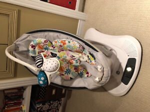 Mamaroo by 4Moms