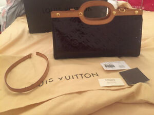 Authentic Louis Vuitton Roxbury Drive