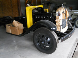 antique 3 ton truck Peterborough Peterborough Area image 1