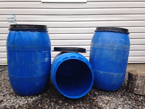 35 Gallons Plastic Drums