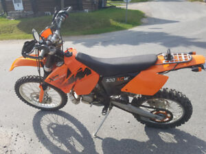 KTM 300 xcw - street legal - enduro motorcycle - blue plated