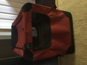 Dog carrier/crate