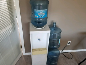 Water cooler 4 bottles