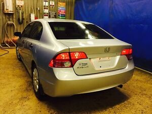 Honda civic 2006 **clean title** (fresh safety)