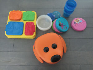 Kids plates - tupperwares - $5 for all
