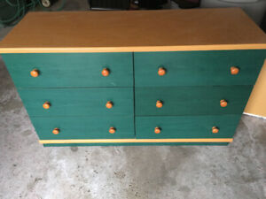 7 piece bedroom set - Twin (Youth) Used