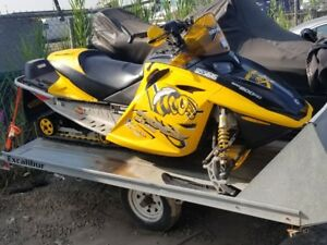 AWESOME SLED FOR SALE!! SKIDOO!! EXCELLENT CONDITION!!