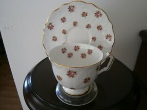 SWEET AYNSLEY FLORAL CUP AND SAUCER SET