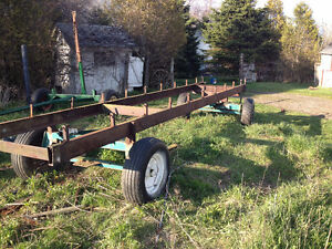 RUNNING GEAR FROM BALE THROWER WAGON